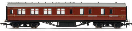 Hornby Model Railway Coaches - BR (Ex LMS) Corridor Brake 3rd Class Coach - R4236C