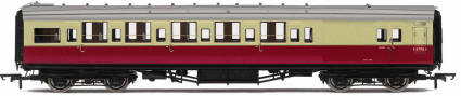 Hornby Model Railway Trains - R4346C BR Ex-SR Maunsell 6 Compartment 3rd Class Brake High Window