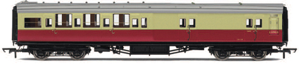 Hornby Model Railway Coaches - R4349A BR (ExSR) Maunsell 4 Compartment 3rd Class Brake Coach