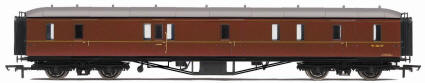 Hornby Model Railway Trains - R4409 BR Hawksworth (Post 1953) Gangway Passenger Brake Coach