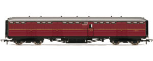 Hornby BR (Ex-LNER) 61ft 6in Full Brake Coach - R4531
