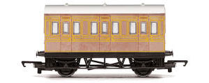 Hornby RailRoad LNER 4 Wheel Coach - R4674