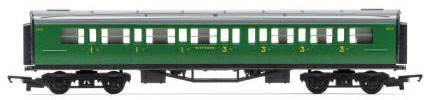 Hornby RailRoad SR Composite Coach - R4743
