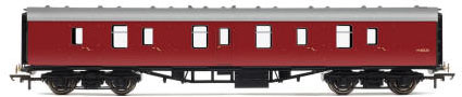 Hornby RailRoad BR Mk1 Parcels Coach (Maroon) - R4625