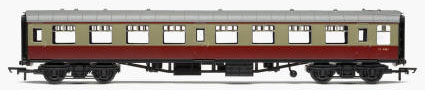 Hornby RailRoad BR Mk1 Second Open Coach (Carmine & Cream) - R6428