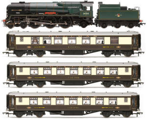 Hornby Golden Arrow Last Steam Run Train Pack - Limited Edition - R3400
