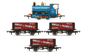 R3686 - Hornby - Huntley & Palmers, Peckett W4 Works Freight Pack - Era 2