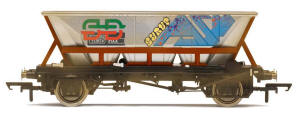 Hornby BR Railfreight HAA MGR Wagon – Weathered, Graffiti - R6709