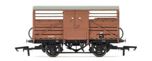 Hornby BR (ex-SR) Cattle Wagon - Maunsell - R6737A
