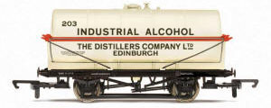 Hornby 20 Ton Tank Wagon 'Industrial Alcohol' - R6769