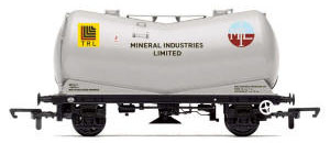 Hornby V Tank Wagon 'Mineral Industries Ltd' - R6771