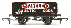 R6811 - Hornby 'Staveley' - 7 Plank Wagon