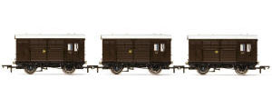 Hornby - Horse Boxes, three pack, GWR - Era 3 - R6883