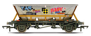 R6961 - Hornby BR, HAA wagon with graffiti, 355855 - Era 8