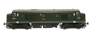 Heljan Class 23 Baby Deltic Diesel D5900 in BR Green with Small Yellow Panels