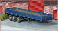 Knightwing Model Railway Plastic Kits - Flatbed 3 Axle Trailer C/W Sid - KWH4