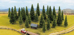 Noch - 25 Spruce Trees Assorted - N26325