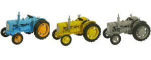 New Modellers Shop - Oxford Diecast - Triple Tractor Set - 76SET10A