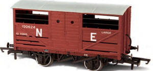Oxford Rail - LNER Cattle Wagon - OR76CAT002