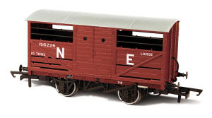 Oxford Rail - LNER Cattle Wagon - OR76CAT002B