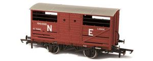 Oxford Rail - LNER Cattle Wagon - OR76CAT003