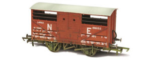 Oxford Rail - LNER Cattle Wagon (Weathered) - OR76CAT003W