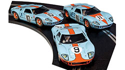 Scalextric Ford GT40 1968 � Gulf Triple Pack - Limited Edition- C3896A